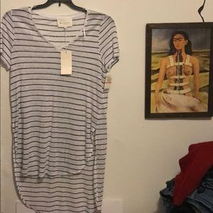 Two by Vince camuto shirts size small (2 available